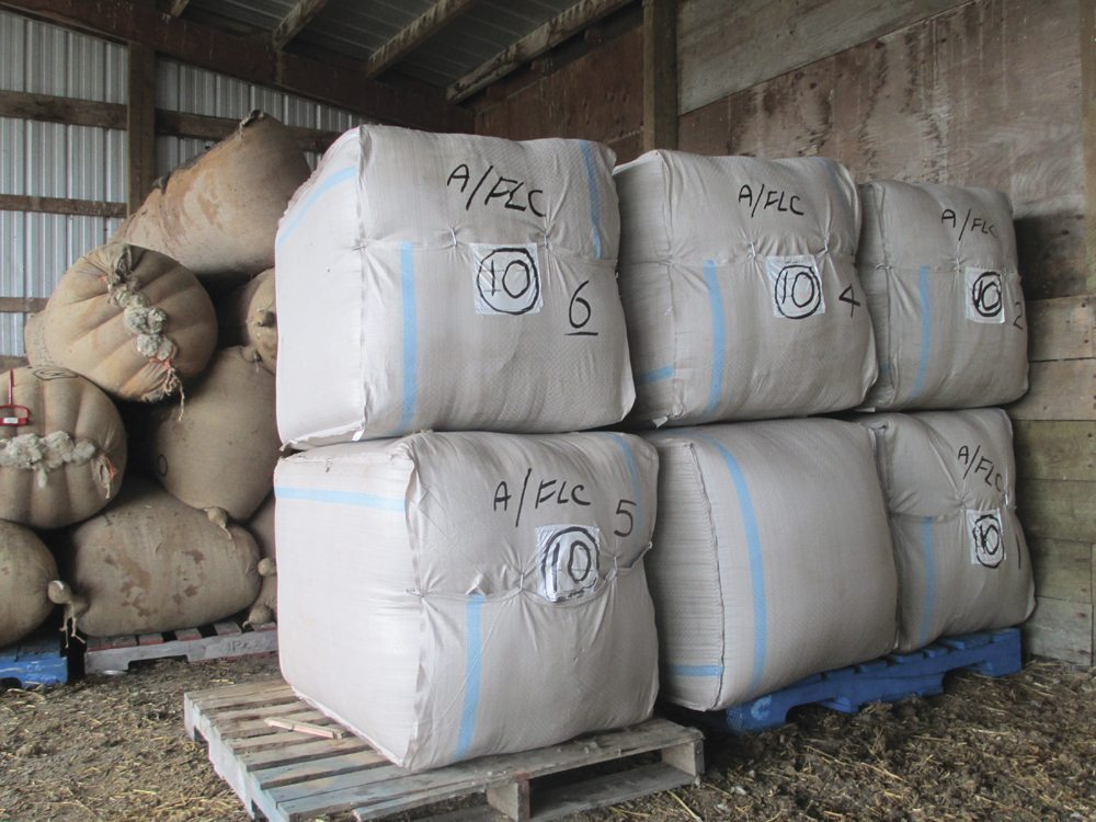 New Zealand square bags, which are made of polyethylene and sourced from China are said to be a more efficient way of transporting wool.