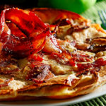 Manitoba Flavours: Baked Apple and Bacon Pancake